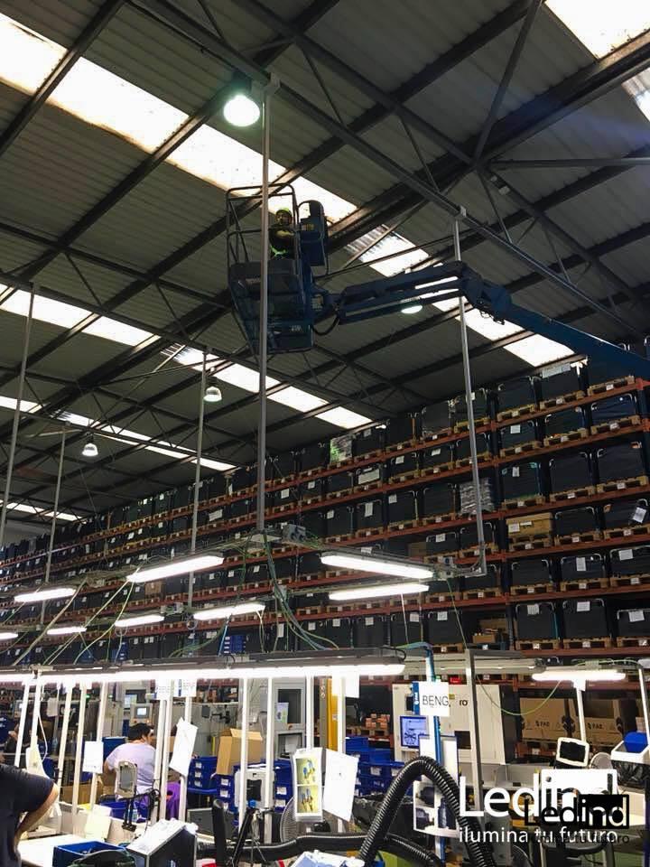 Luz led para taller industrial