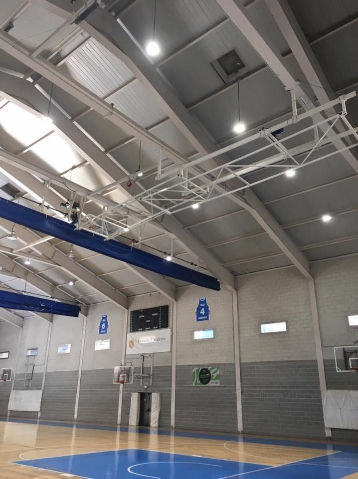 luz led para centros deportivos