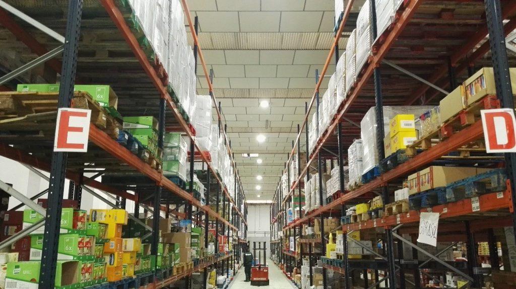 luz led para almacenes industriales